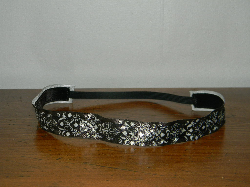 Black Damask NO SLIP Headband