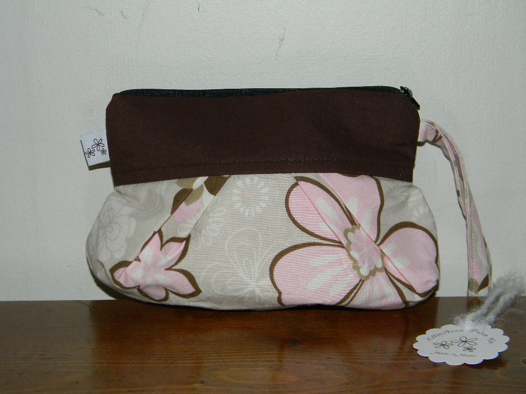 Min Lola in Cream & Pink Flowers
