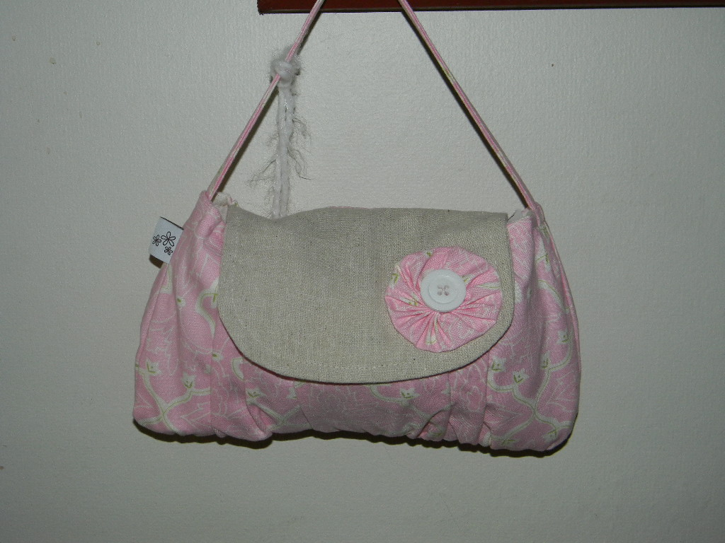 The Amelia Purse in Pink
