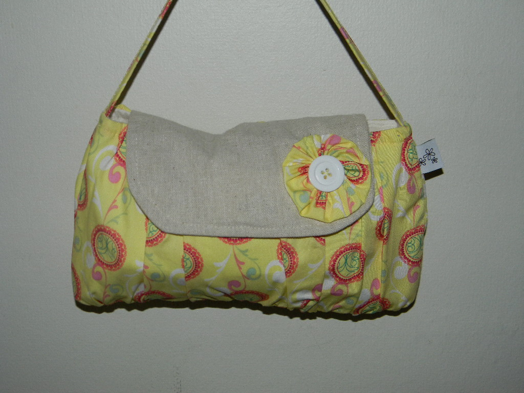 The Amelia Purse in Lime Fizzy Bubbles