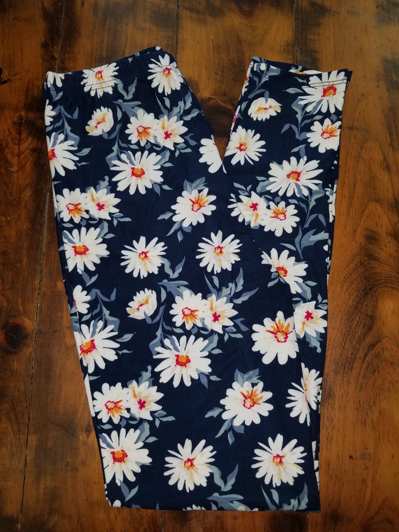 Daisy Leggings {one size}
